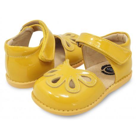 Pantofi fete galben Petal din piele naturala lacuita